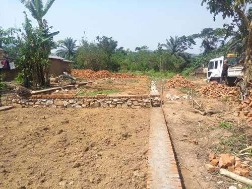 Tracé de l'école de Visiki en RDC