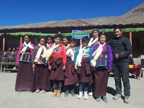 Cérémonie de départ dans le Haut Dolpo au Népal