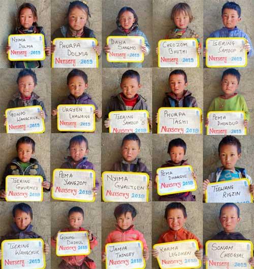 20 élèves de la Nursery de la Kula Mountain School à Tinje, vallée de Panzang dans le Haut-Dolpo au Népal