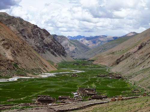 Vallée de Panzang dans le Haut Dolpo, Népal