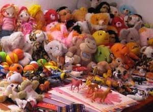 Peluches et poupées pour les petites tibétaines de Ting Kyu