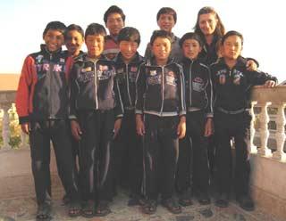 Enfants de Ting Kyu collégiens à Katmandu au Népal
