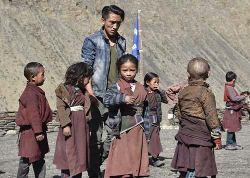 Ecoliers de la Kula Mountain School au Dolpo à la frontière du Tibet