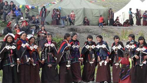 Festival de la Montagne Sacrée Kula à Ting Kyu au Népal