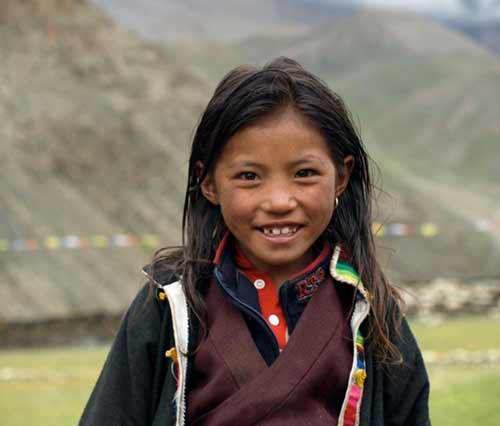 Enfants du Tibet, les garçons de la nursery de l'école de Ting Kyu au Népal promotion 2013