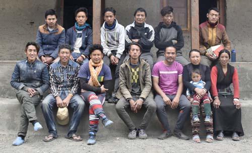 Les professeurs de la Kula Mountain School à la frontière du Tibet
