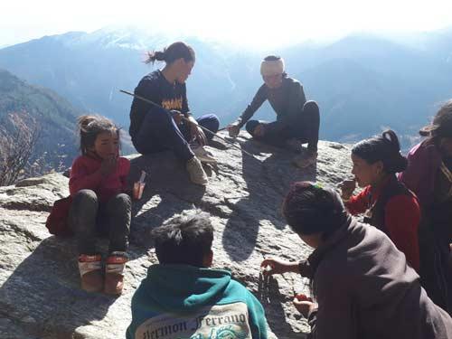 Pique-nique durant le trek dans le Haut Dolpo au Népal