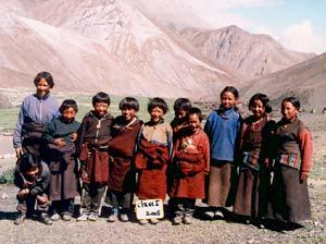 Les élèves de la classe 1, école dans le Haut Dolpo au Népal