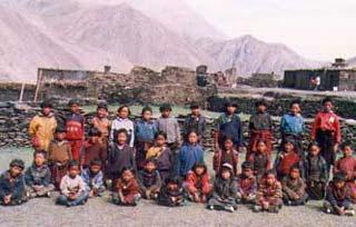 Les écoliers de la Vallée du Penzang au Népal