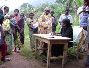 Enregistrement des naissances à Vutswigha, groupement Buyora, RDC