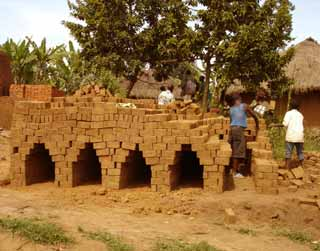 Four de cuisson des briques