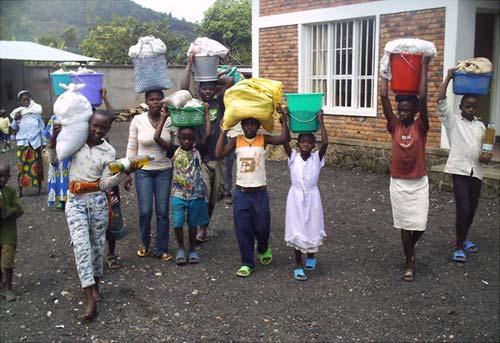 Aide alimentaire aux orphelins du Rwanda