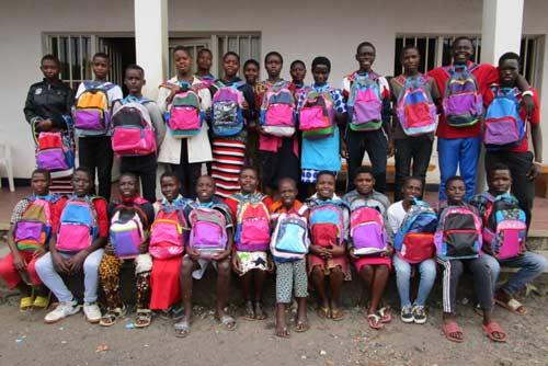 La nouvelle promotion de collégiens du Point d'Ecoute de Gisenyi au Rwanda