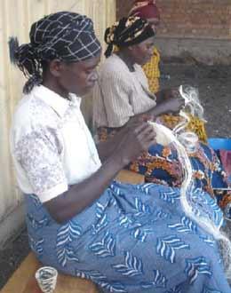 Artisanat vannerie Agaseke par les mamans d'enfants des rues