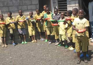 repas des enfants des rues scolarisés