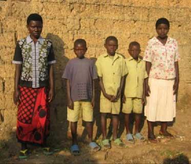 Orphelins au Rwanda