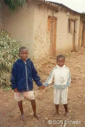 Orphelins du sida au Rwanda