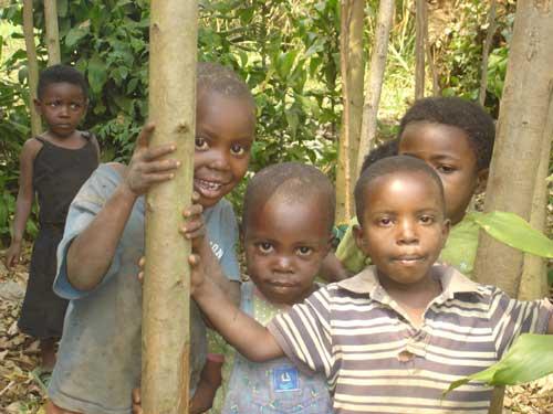 Orphelins d'Afrique, enfants vulnérables de Gisenyi au Rwanda