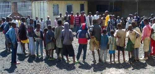 Rassemblement des enfants des rues au Point d'Ecoute de Gisenyi