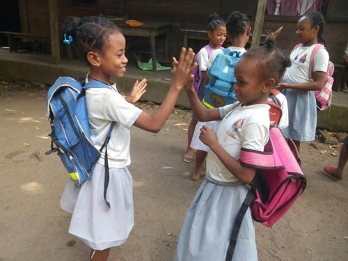 Enfants de l'Ile Ste Marie à Madagascar