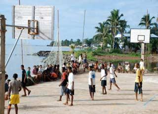 Le terrain de basket de l'orphelinat des Filles de Marie de l'Ile Ste Marie