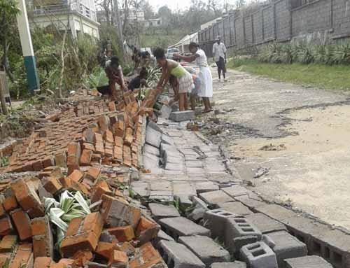 Dégâts causés dans l'orphelinat d'Antalaha par le passage du cyclone Enawo sur Madagascar