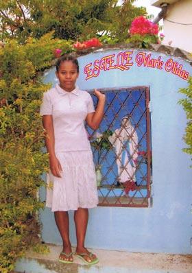 Marie-Olidas, lauréate du BEPC à, Madagascar
