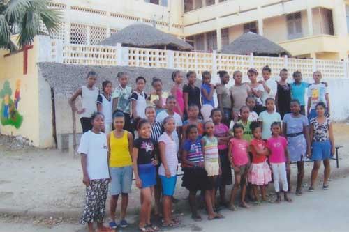 Enfants de l'Orphelinat de Majunga à Madagascar