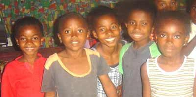 Enfants de l'orphelinat Saint Joseph