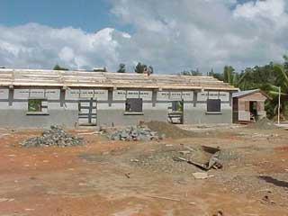 Reconstruction après les ravages du cyclone Ivan