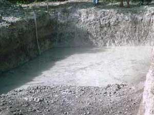 La partie profonde du troisième bassin remplie par la nappe phréatique