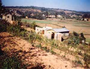 Construction de l'école, vue d'ensemble des travaux - Madagascar