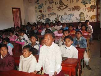 La rentrée des enfants du Primaire Akany Aina à Madagascar