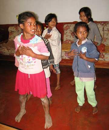 Club de danse moderne au Centre Akany Aina à Madagascar