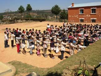 Le jour de la rentrée à l'école Akany Aina, Madagascar