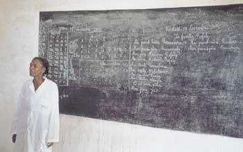 enseignant d'une école primaire à Madagascar