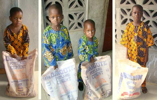 Distribution alimentaire de Noël aux orphelins