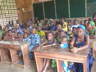 Enfants orphelins d'Afrique