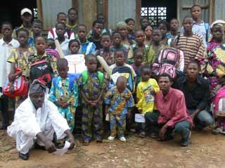 Aide aux orphelins d'Afrique