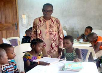 Soutien scolaire pour les orphelins d'Afrique