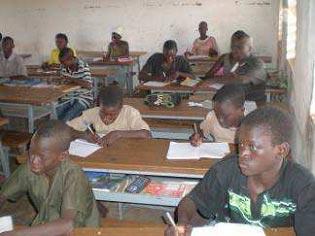 Cours de vacances et soutien scolaire au Burkina Faso