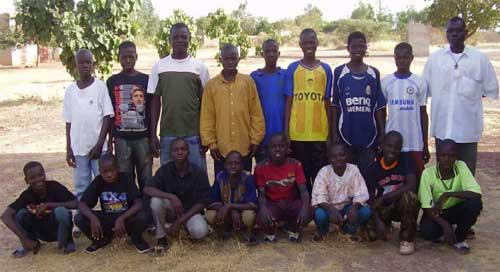 Groupe des jeunes en formation à Guiè, Burkina Faso