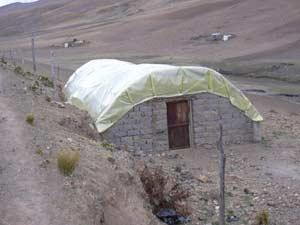 Serres solaires pour cultures vivrières en Bolivie