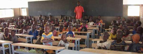 Une classe d'une école primaire de la région de Guiè au Burkina Faso