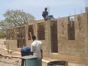 Edification des murs