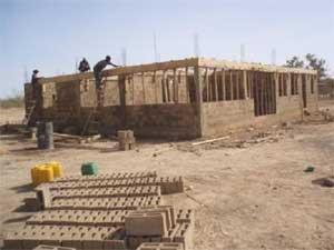 Chaînage du bâtiment de la maternité de Guiè, Burkina Faso