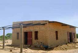 Construction du bureau-magasin de la Ferme Pilote de Goèma, Burkina Faso