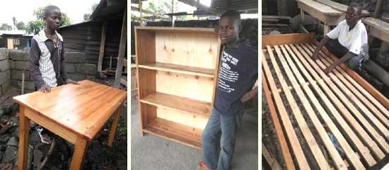 Meubles fabriqués par les candidats lors du jury final de la formation en menuiserie à Goma