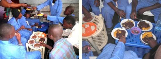 Repas de midi durant le stage pratique de menuiserie à Goma
