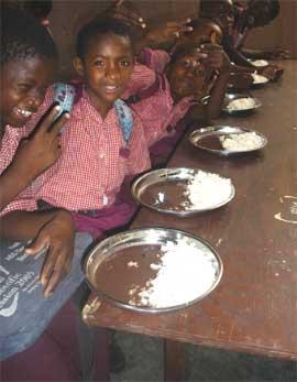 Cantine à l'école de Cité Soleil en Haïti